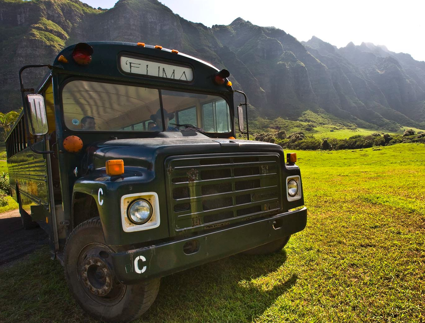 kualoa ranch Kaaawa Bus Pic