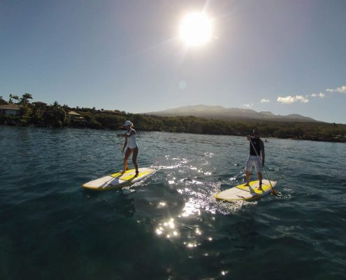 Makena SUP Couple Sun At Back