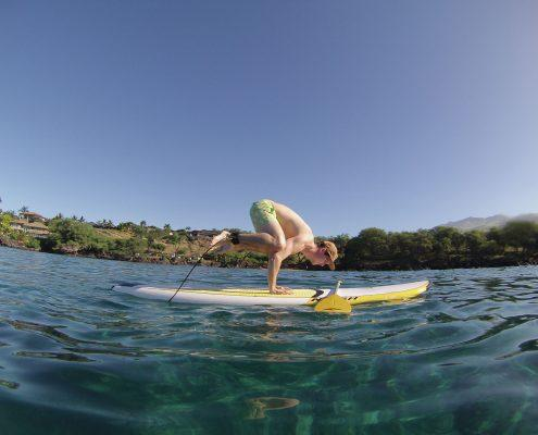 maui stand up paddle MakenaSUPcrowpose