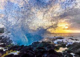 Oahu photography tours wave splash